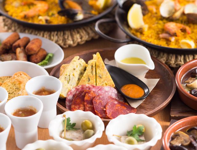 スペイン料理 タパス&パエリア PAEZO